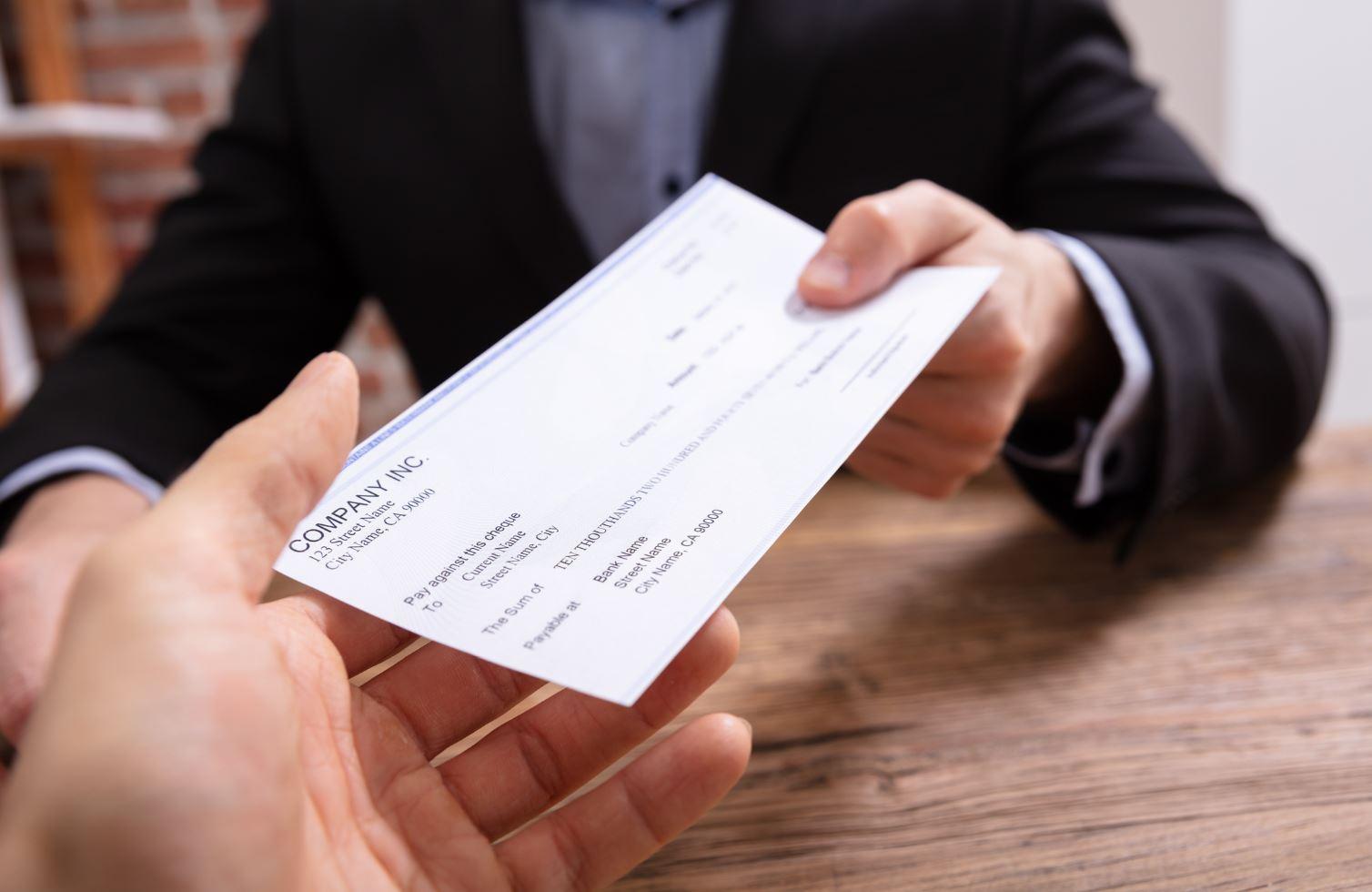 Donner Chèque